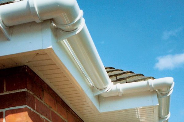 Gutter cleaning services in Rochester kent